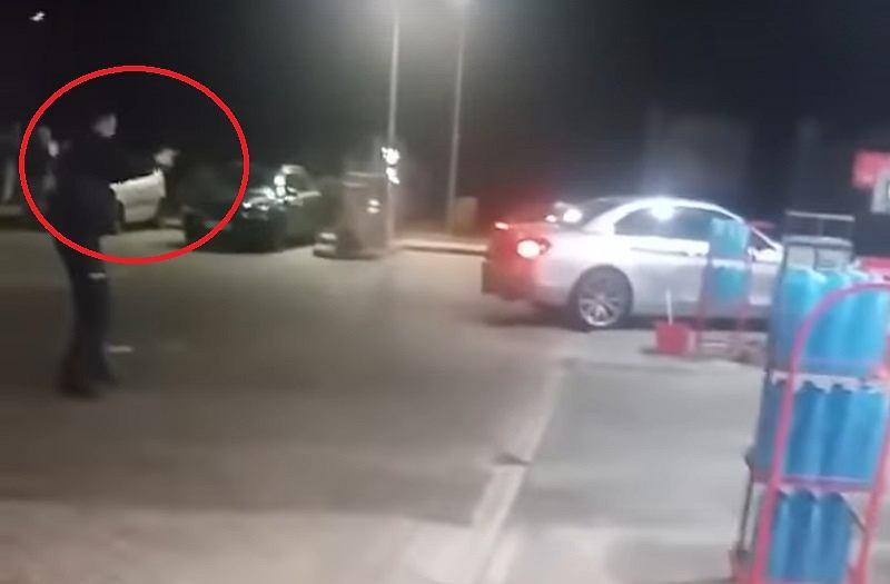Akcja policji na Orlenie w Rymaniu, próba zatrzymania samochodu