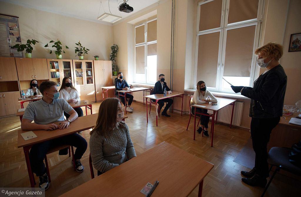 Częstochowa, 3 marca 2021 r. Próbna matura z języka polskiego w LO im. Słowackiego