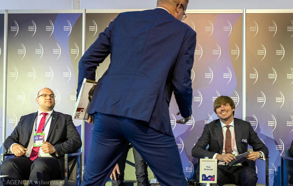 Piotr Obidziński (pierwszy od prawej) na Europejskim Kongresie Gospodarczym w Katowicach, debata o zarządzaniu klubami