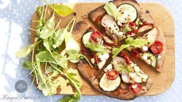 Dietetyczna FIT pizza z płatkami owsianymi