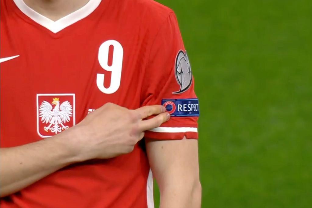 Polacy wskazywali logo RESPECT (szacunek), by wesprzeć walkęz rasizmem