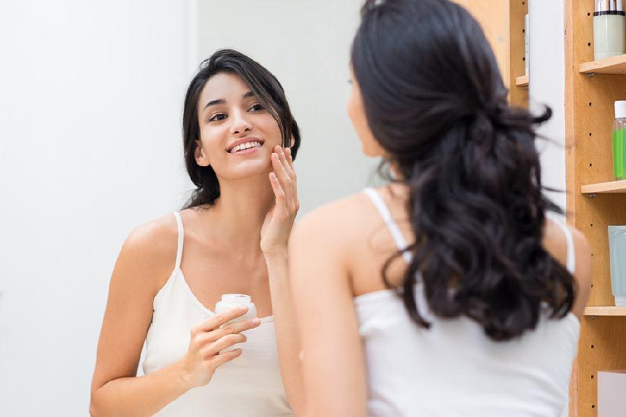 Kosmetyki z kwasem hialuronowym