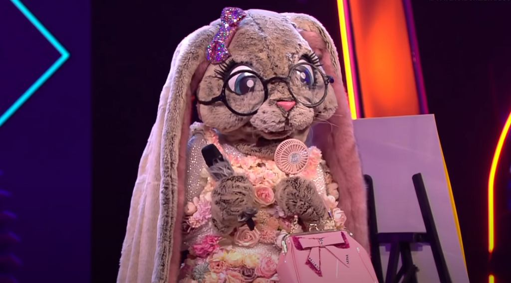 The Shoop Shoop Song - Cher   Der Hase   The Masked Singer   ProSieben