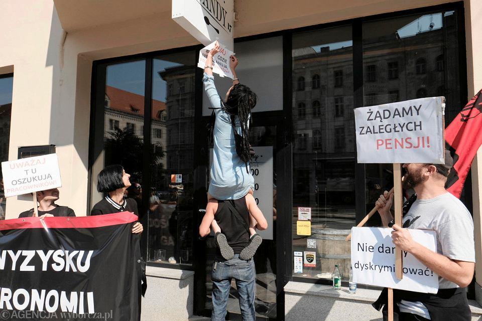 Kuchnia Wandy Oszukuje Protest Byłych Pracowników Przed