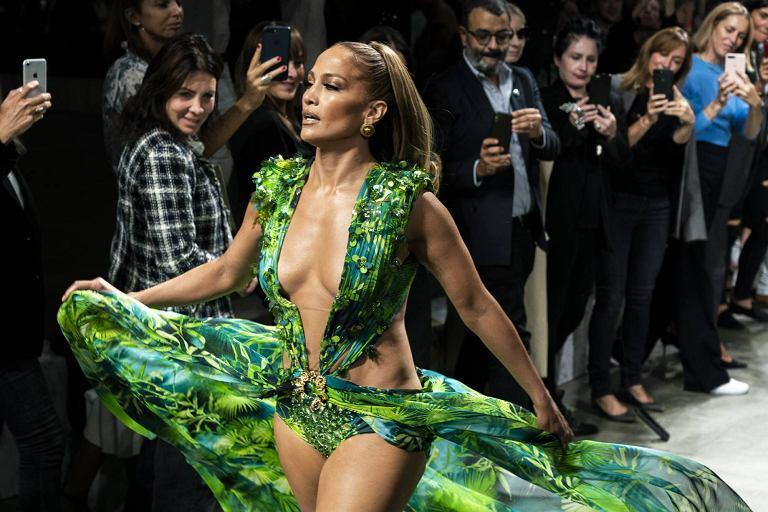 Powrót do przeszłości: moda w 2020 roku