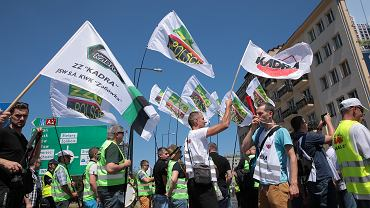 Protest górników z Jastrzembskiej Spółki Węglowej pod siedziba PiS w Warszawie