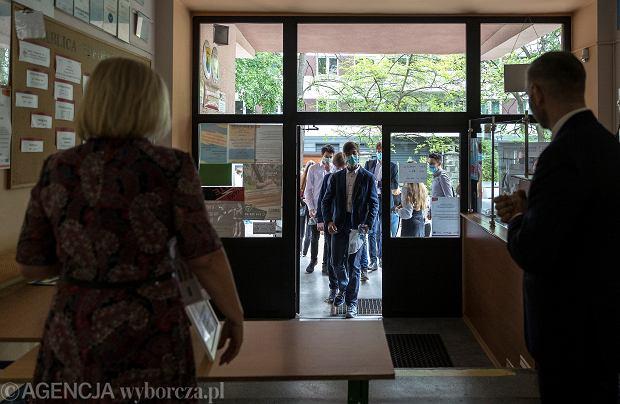 Szkoła w województwie mazowieckim. Egzamin ósmoklasistów odwołany z powodu koronawirusa