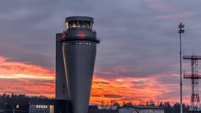 Na lotnisku Katowice w Pyrzowicach uruchomiono najwyższą w Polsce wieżę kontroli lotów