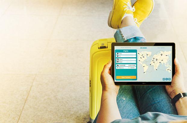 Aplikacje podróżnicze przydatne na wakacjach