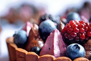 Tartaletki z kremem kakaowym i jeżynowym