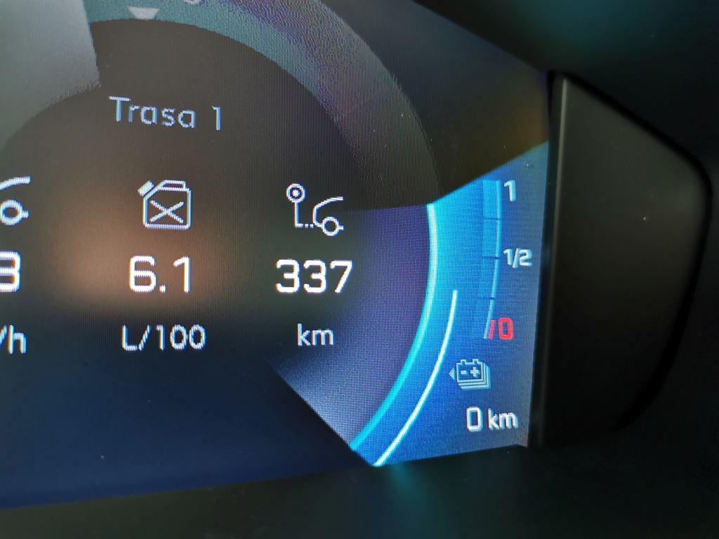 Peugeot 508 HYbrid, zużycie benzyny
