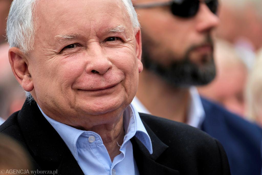 Prezes PiS Jarosław Kaczyński na pikniku rodzinnym PiS w Stalowej Woli, 18.08.2019