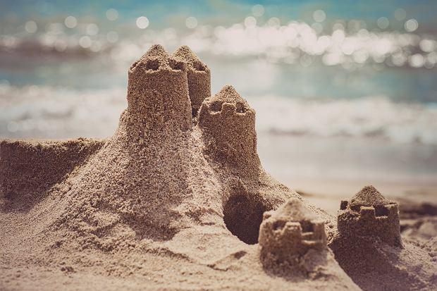 Włoskie miasteczko zabrania budowania zamków na piasku. Chodzi o bezpieczeństwo