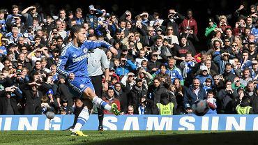 Eden Hazard strzela gola z rzutu karnego