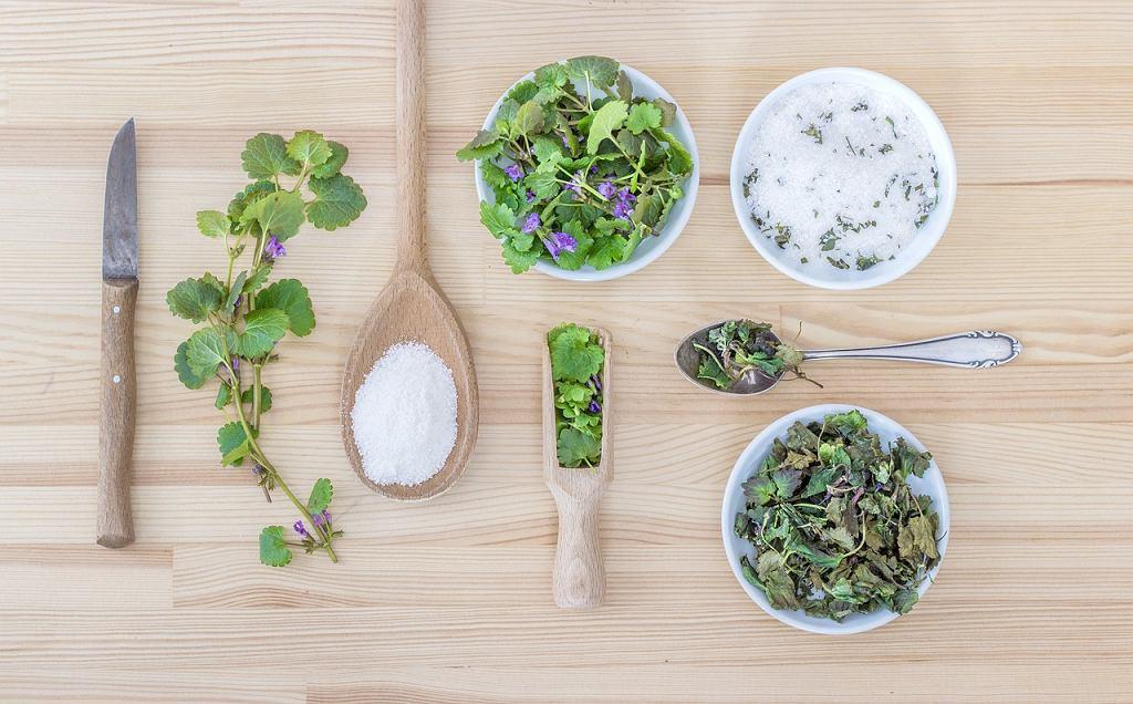Sól pozwala wydobyć wszystkie aromaty, np. ziół
