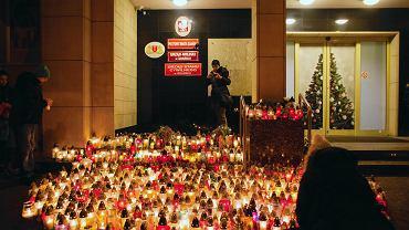 Gdańsk. Żałoba po śmierci zamordowanego prezydenta miasta Pawła Adamowicza, 14 stycznia 2019 r.