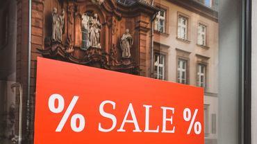 Black Friday w sklepach Reserved i Zara. Jakie promocje znajdziemy w tych sklepach?