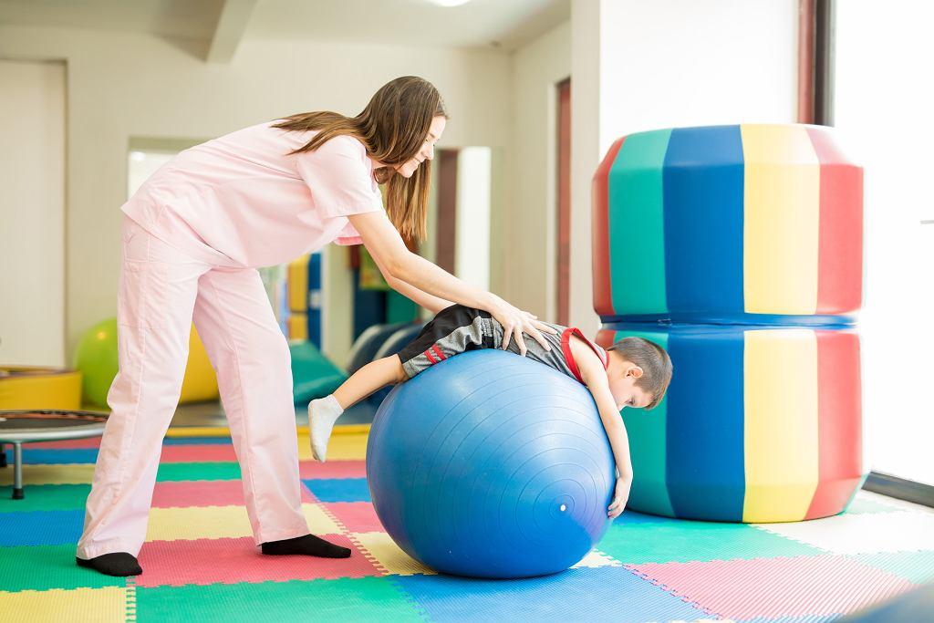 Rehabilitacja ruchowa dzieci - co warto o niej wiedzieć?