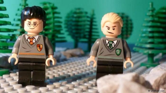 Niewinna figurka Harry Pottera w wydaniu LEGO może teraz konkurować z mini-esesmanem w wydaniu COBI