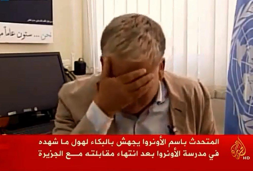 Rzecznik UNRWA Chris Gunness płacze na wizji