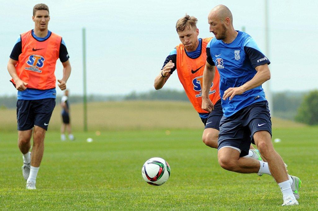 Lech Poznań trenuje w Gniewinie. Łukasz Trałka i Barry Douglas