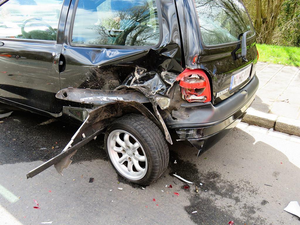 Sennik - wypadek samochodowy. Zdjęcie ilustracyjne