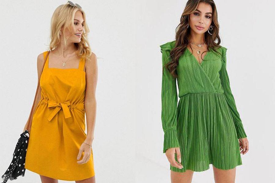 Sukienki wyszczuplające z marszczeniami, aplikacjami i wiązaniami