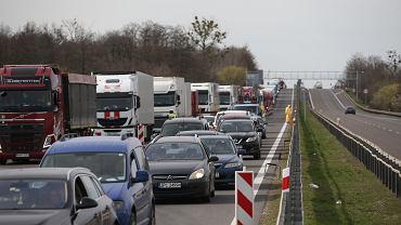 Dawne przejście graniczne w Kołbaskowie. Powroty do Polski po ogłoszeniu stanu zagrożenia epidemicznego.