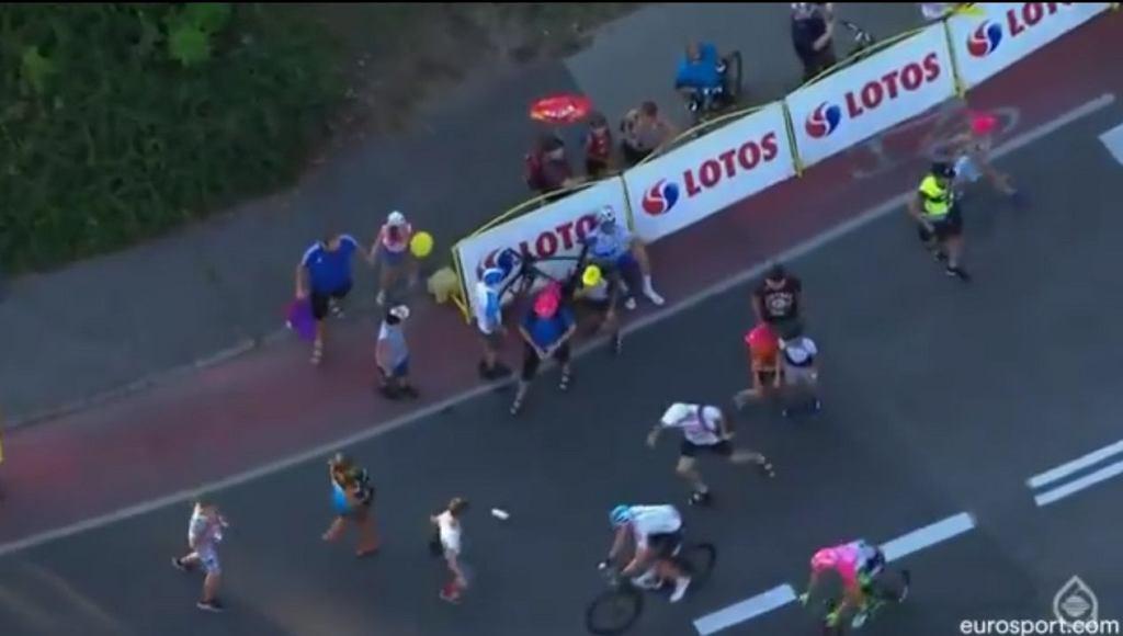 Walka o bidony na mecie Tour de Pologne