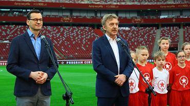 Premier Mateusz Morawiecki i prezes PZPN Zbigniew Boniek