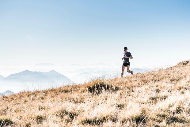 Dieta dla biegacza. Jak powinien wyglądać jadłospis na diecie dla biegaczy? Suplementacja dla biegaczy