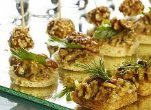 Tartinki z pasztetem drożdżowym w trzech smakach: borowikowym, sezamowym i czosnkowym - ugotuj