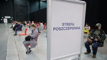 Szczepienia przeciw COVID-19 w Polsce