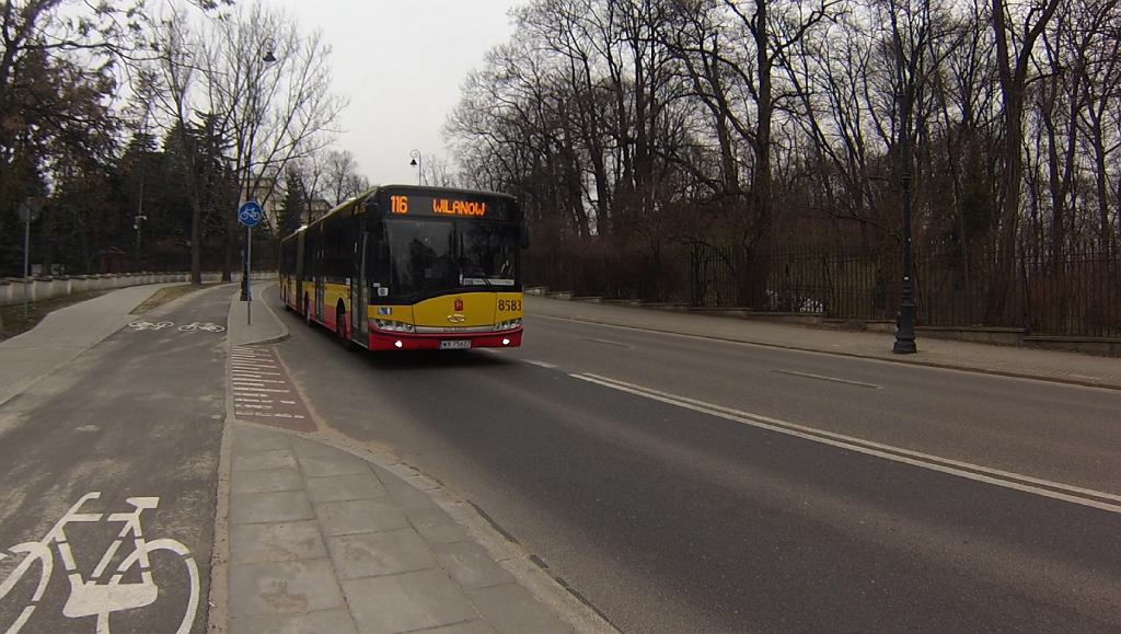 10 kilometrów na godzinę. Tyle średnio kierowcy przekraczali prędkość na niebezpiecznym odcinku ulicy Belwederskiej.