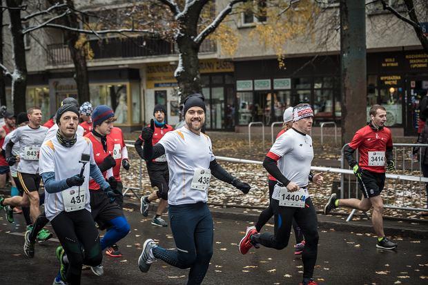 Damian Bąbol i Marcin Dulnik, autor bloga DulnikBiega.pl, podczas 28. Biegu Niepodległości