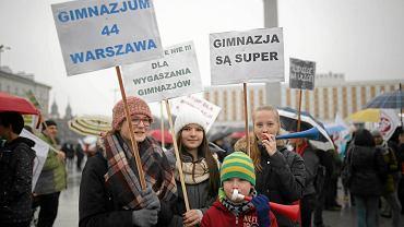Listopadaowy protest nauczycieli przeciwko reformie edukacji w Warszawie