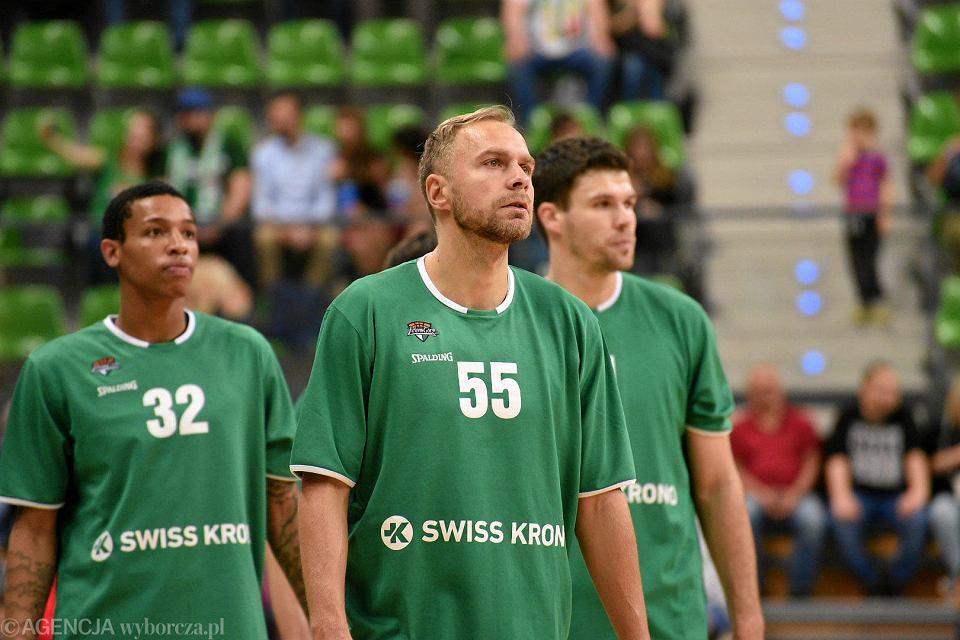 Joe Thomasson, Łukasz Koszarek i Ivica Radić. Stelmet Enea BC Zielona Góra - sezon 2019/20
