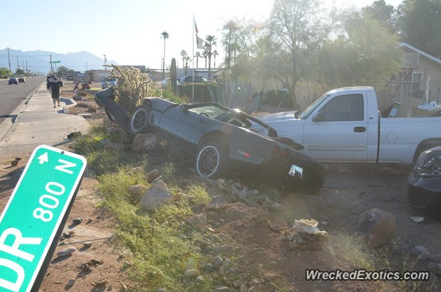 Chevrolet Corvette rozbity w Arizonie