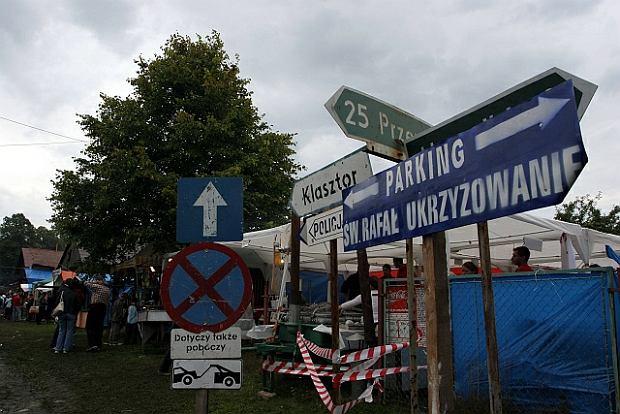 Czy rzeczywiście nie byłoby polskości bez katolicyzmu? Na zdjęciu - okolice sanktuarium w Kalwarii Pacławskiej