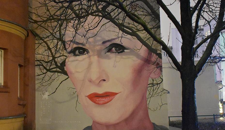 Niezwykly Mural Upamietniajacy Kore W Centrum Warszawy Bedzie Sie