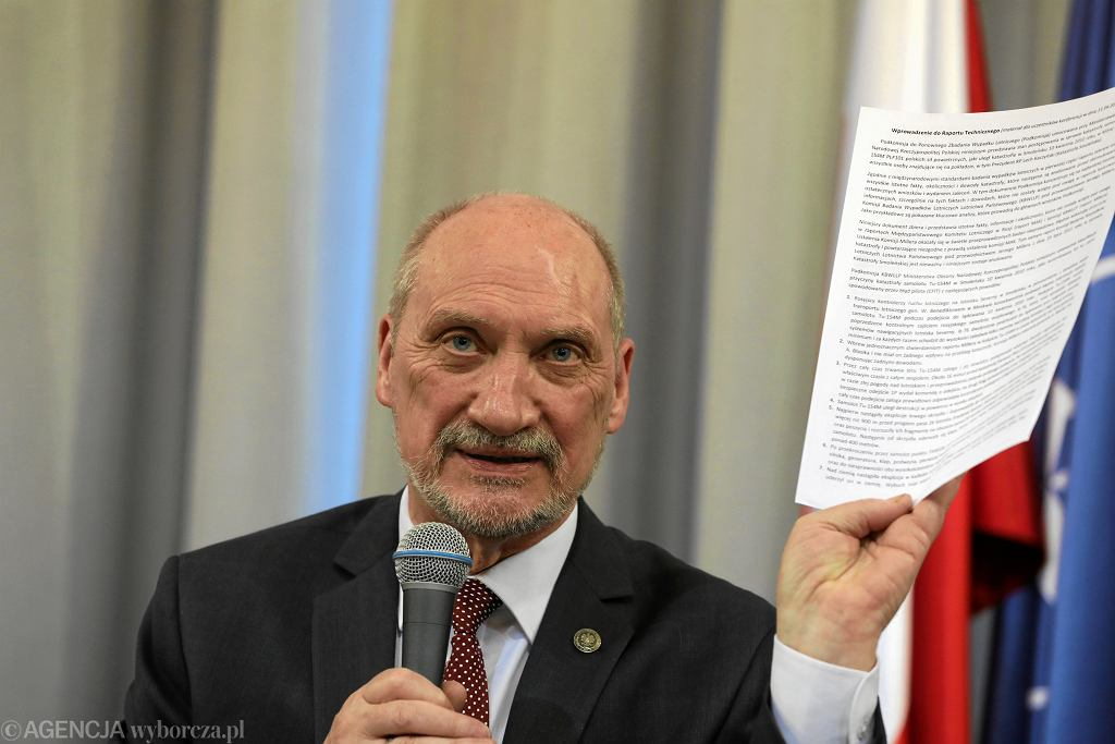 Prezentacja raportu technicznego' podkomisji Macierewicza