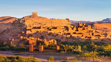 Ufortyfikowane miasto Ait Benhaddou leży pomiędzy Saharą i Marrakeszem