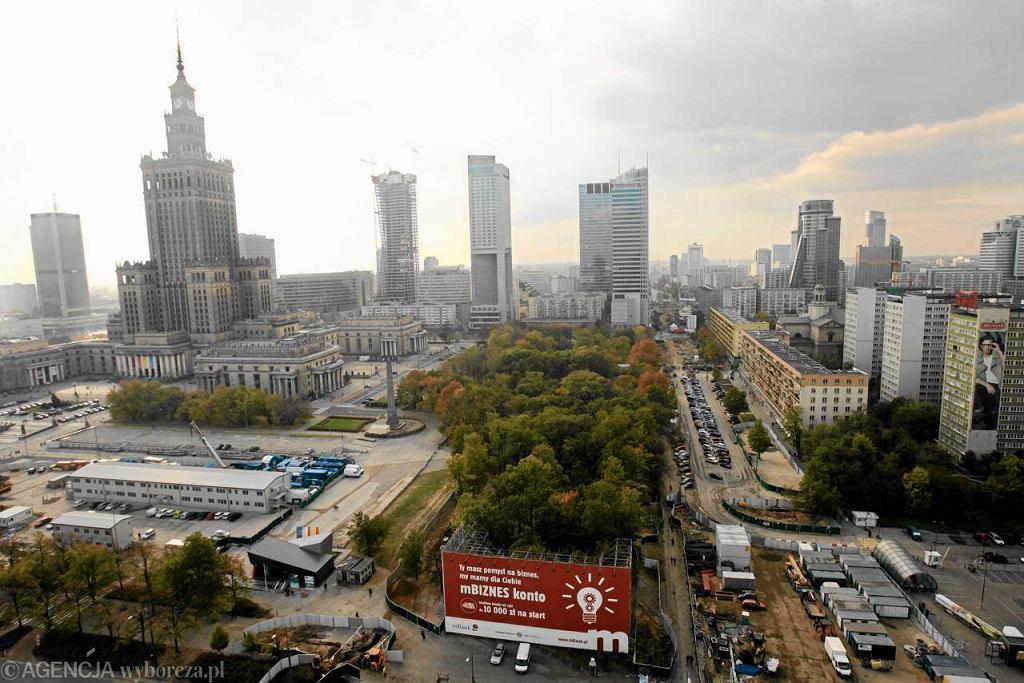 Plac Defilad w Warszawie może stać się największym skupiskiem prywatnej własności odebranej w latach 40. dekretem Bieruta