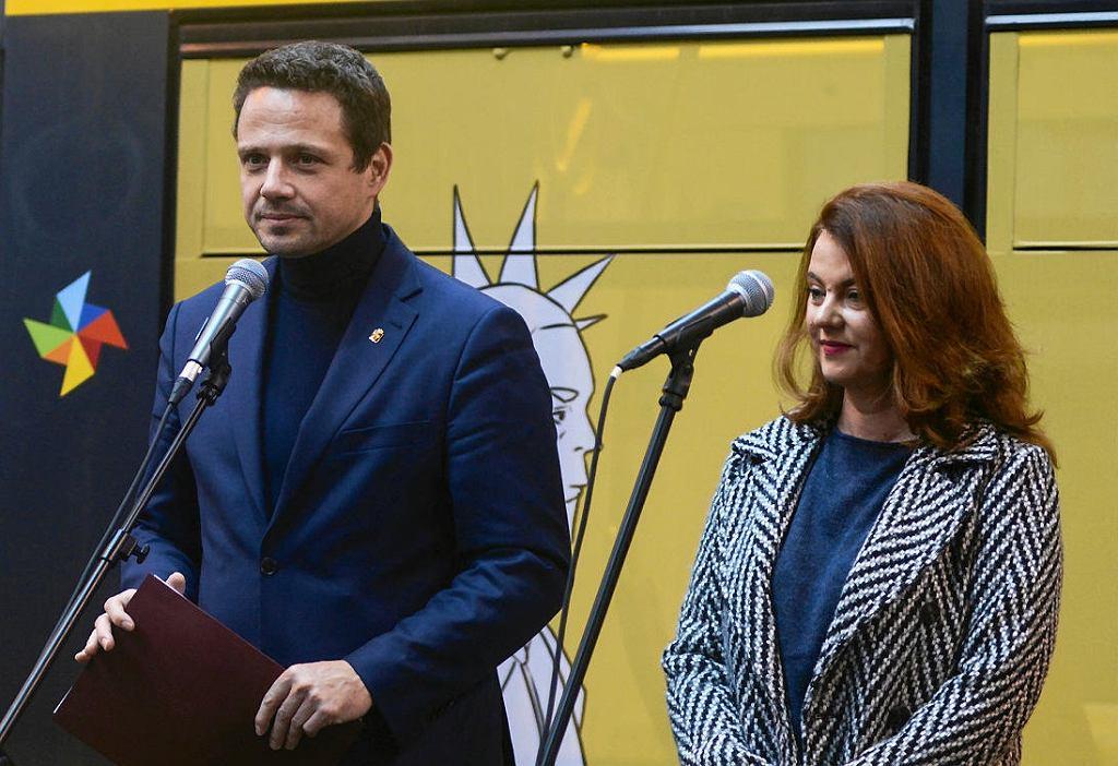 Prezydent Warszawy Rafał Trzaskowski oraz nowa wiceprezydentka Aldona Machnowska-Góra.