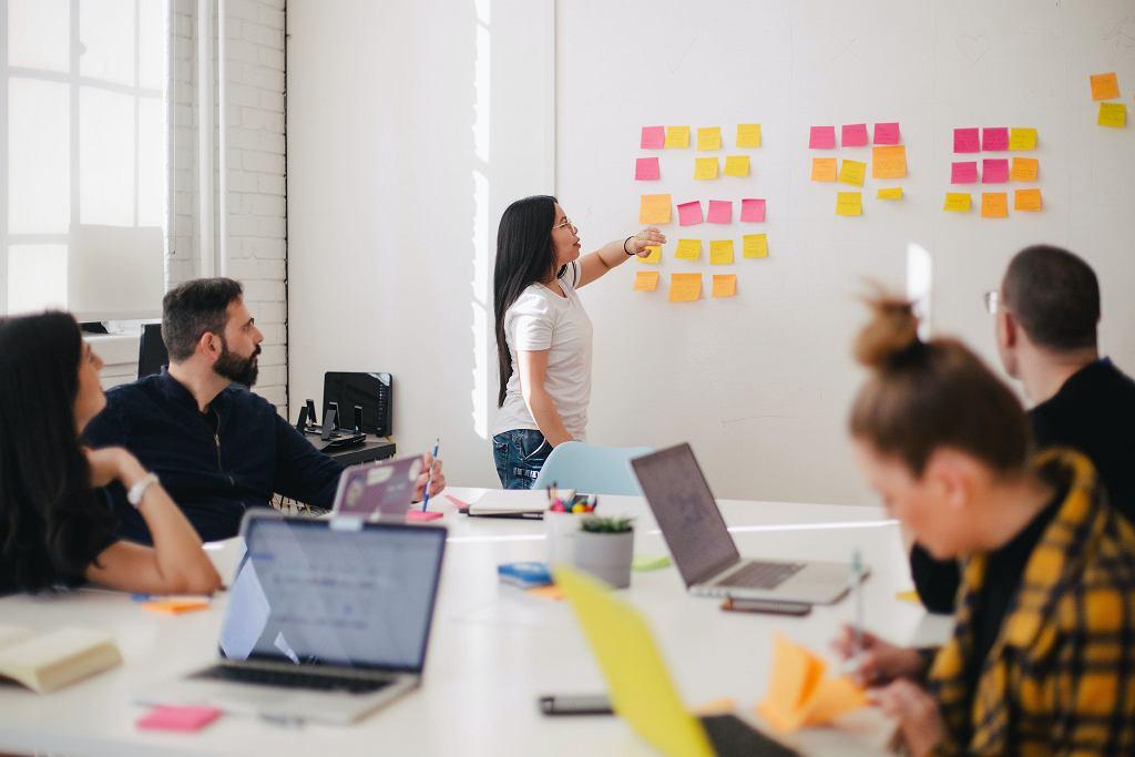 Praca w biurze sprzyja kreatywności