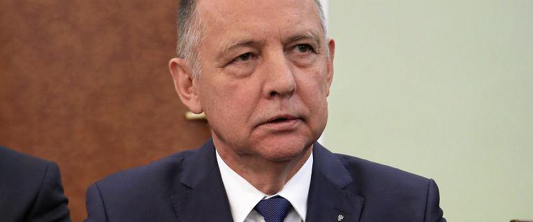 Onet: Banaś zawiesił dyrektora NIK. Miał torpedować kontrolę