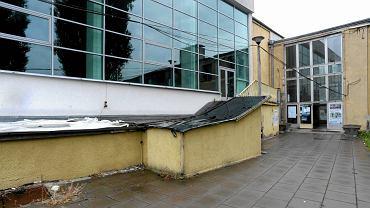 Basen i hala Astoria przed wyburzeniem