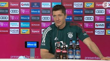 Robert Lewandowski podczas konferencji prasowej Bayernu Monachium