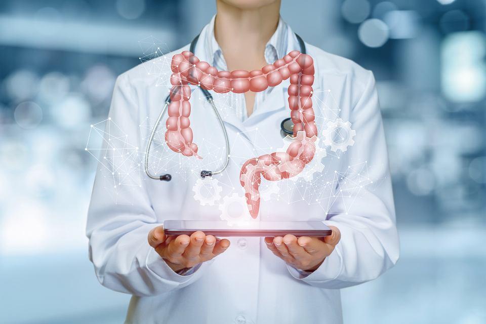 Kolonoskopia wykrywa raka w 95 proc., klasyczne testy na krew utajoną w nieco ponad 30 proc.