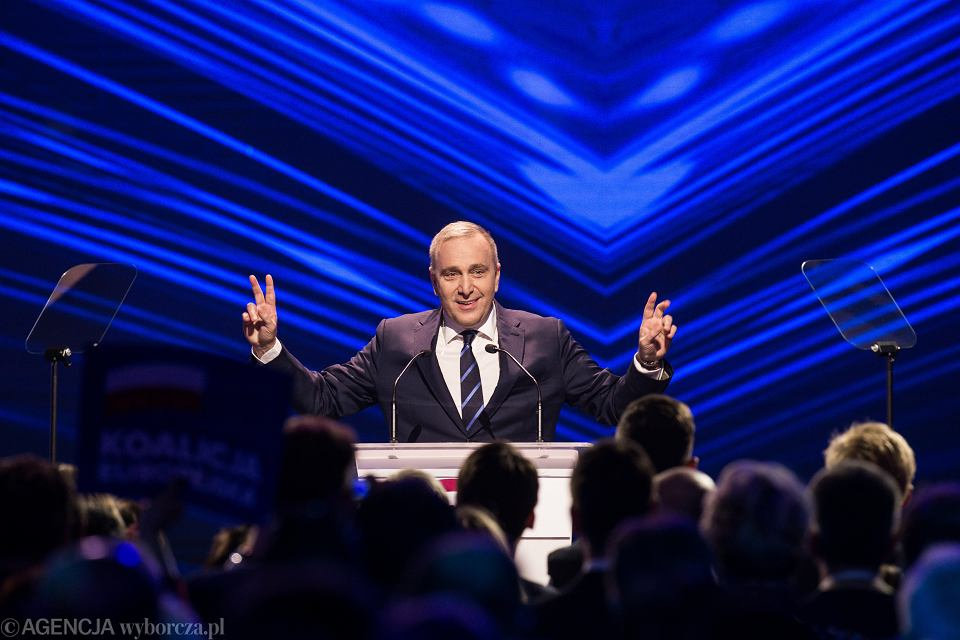 Grzegorz Schetyna podczas konwencji wyborczej Koalicji Europejskiej.